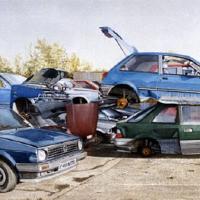Car Scrapyard Painting - Fine Artist Noël Haring