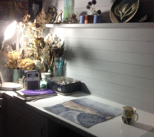 Cosy evening in the studio - Berkshire Artist Clare Buchta